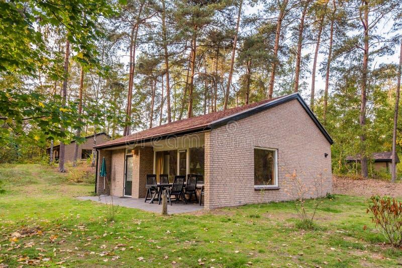 Άνετος λίγο σπίτι διακοπών στις Κάτω Χώρες στοκ εικόνες
