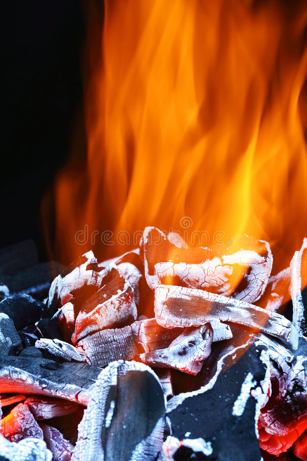 άνθρακες καυτοί στοκ φωτογραφία με δικαίωμα ελεύθερης χρήσης