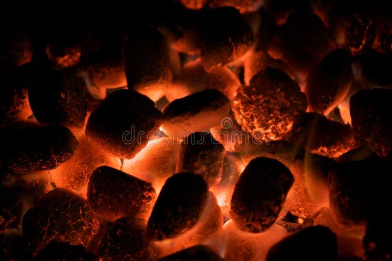 άνθρακες καυτοί στοκ εικόνα