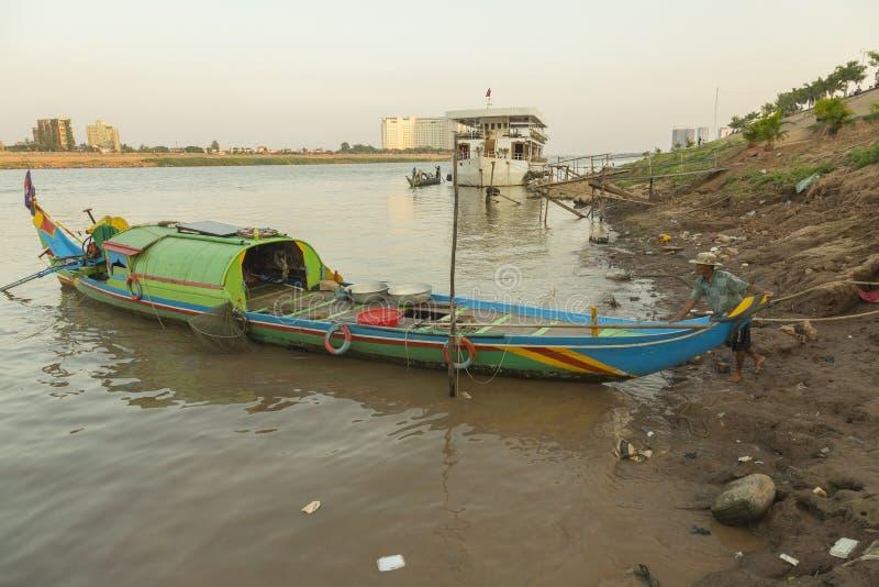 Άνθρωποι βαρκών στην Καμπότζη στοκ φωτογραφίες με δικαίωμα ελεύθερης χρήσης
