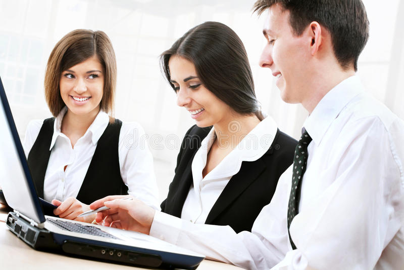 Download άνθρωποι επιχειρηματικών μονάδων Στοκ Εικόνα - εικόνα από εξήγηση, ομάδα: 22782819