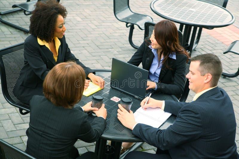 άνθρωποι επιχειρηματικών &m στοκ εικόνα με δικαίωμα ελεύθερης χρήσης