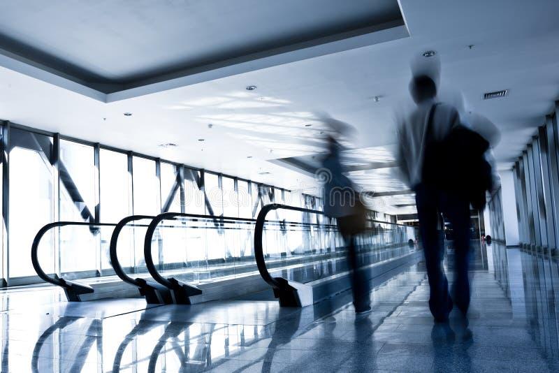 άνθρωποι κίνησης γυαλιού  στοκ φωτογραφία με δικαίωμα ελεύθερης χρήσης