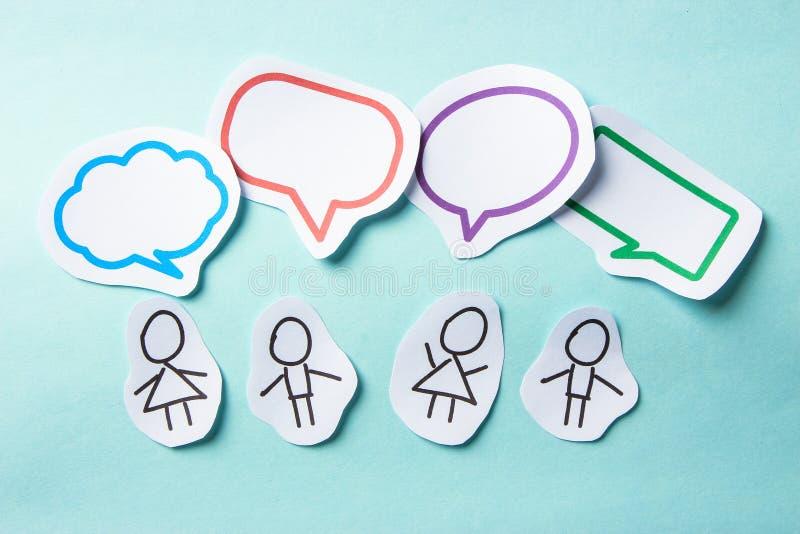 Άνθρωποι με την κοινωνική δικτύωση φυσαλίδων στοκ εικόνες