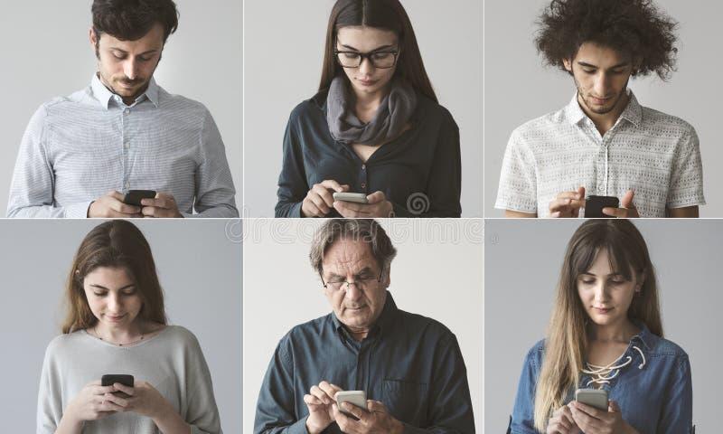 Άνθρωποι που χρησιμοποιούν το κινητό τηλέφωνο στοκ εικόνα