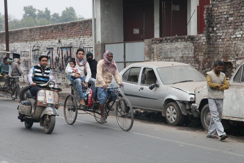 Άνθρωποι στις οδούς, Ινδία 2013 στοκ εικόνες με δικαίωμα ελεύθερης χρήσης