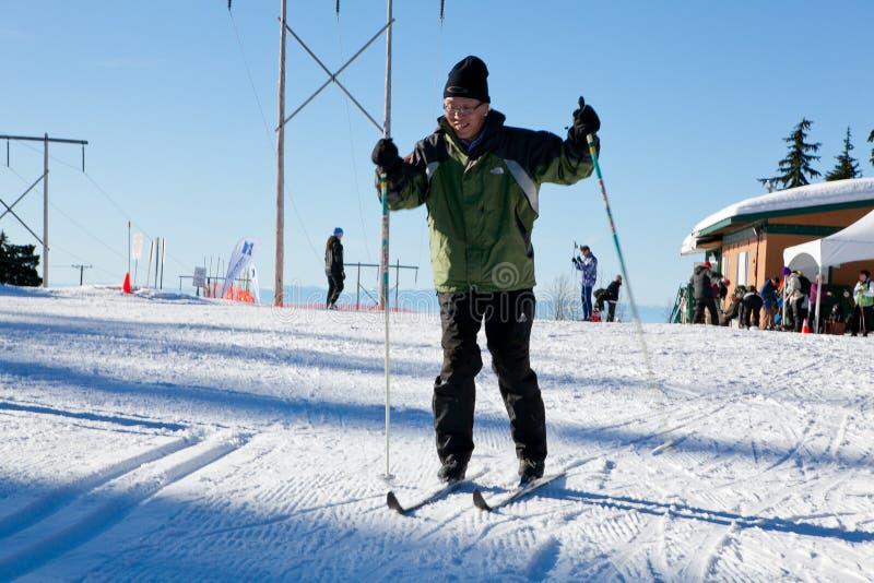 Άνθρωποι στον τομέα σκι στοκ εικόνες με δικαίωμα ελεύθερης χρήσης