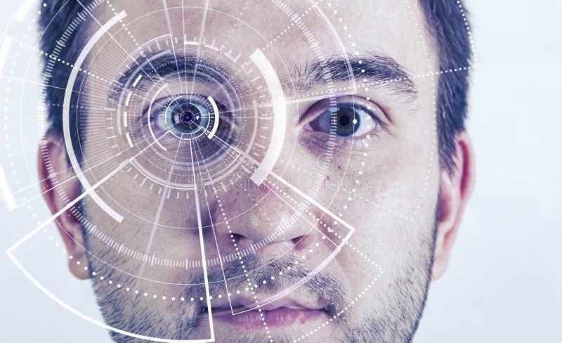 Άνθρωπος φουτουριστικό όραμα, όραμα και έλεγχος και προστασία των προσώπων, έλεγχος και ασφάλεια στις προσβάσεις Έννοια στοκ εικόνες