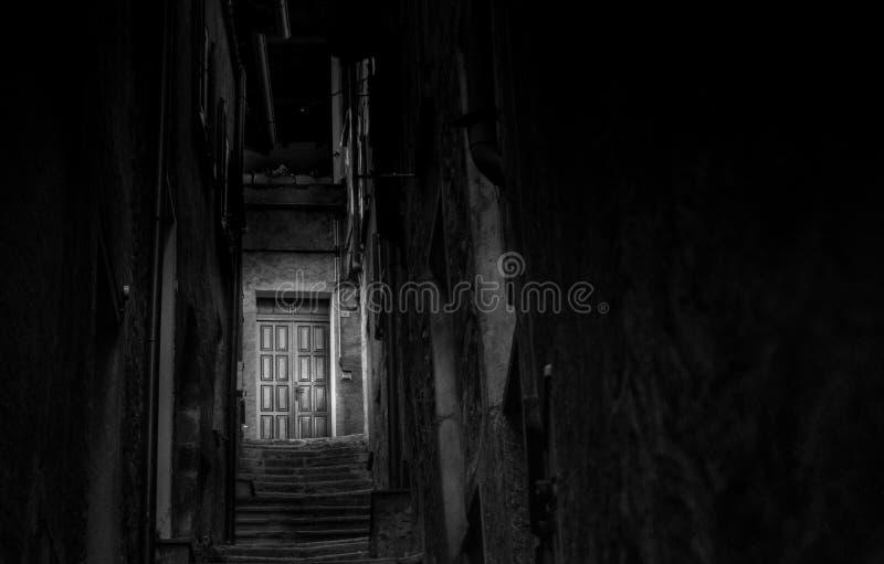 Άπειρο πέρα από εκείνη την πόρτα στοκ εικόνες με δικαίωμα ελεύθερης χρήσης