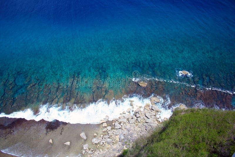 Άποψη απότομων βράχων, σημείο Γκουάμ δύο εραστών στοκ εικόνες με δικαίωμα ελεύθερης χρήσης