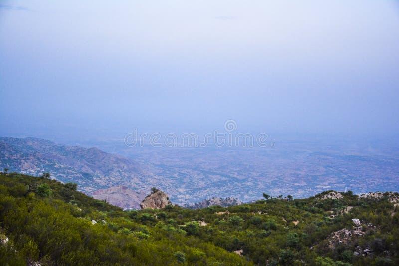 Άποψη από την κορυφή του βουνού †«Khaliq Abad, Khushab στοκ εικόνες