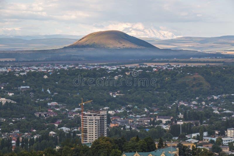 Άποψη από το βουνό Mashuk σε Pyatigorsk (Ρωσία) στοκ φωτογραφίες