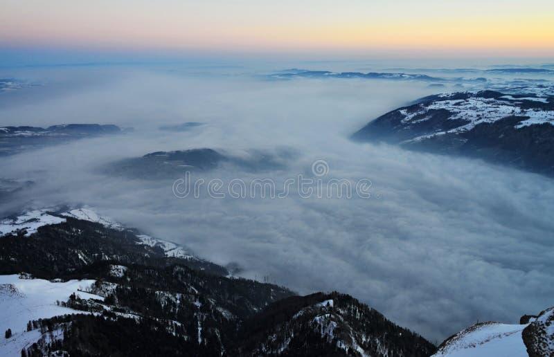 Όρος Rigi με την άποψη σχετικά με τη λίμνη Zug στοκ εικόνες με δικαίωμα ελεύθερης χρήσης