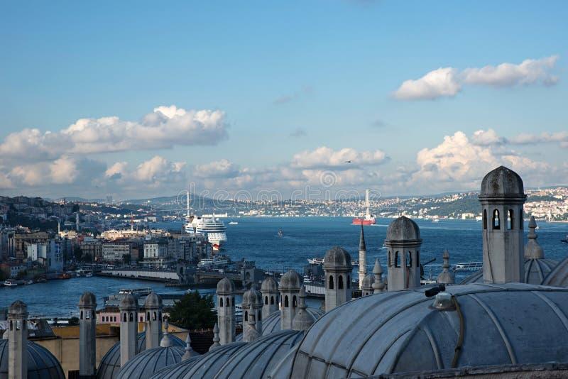 Άποψη από το μουσουλμανικό τέμενος Suleymaniye πέρα από τη Ιστανμπούλ στοκ εικόνες