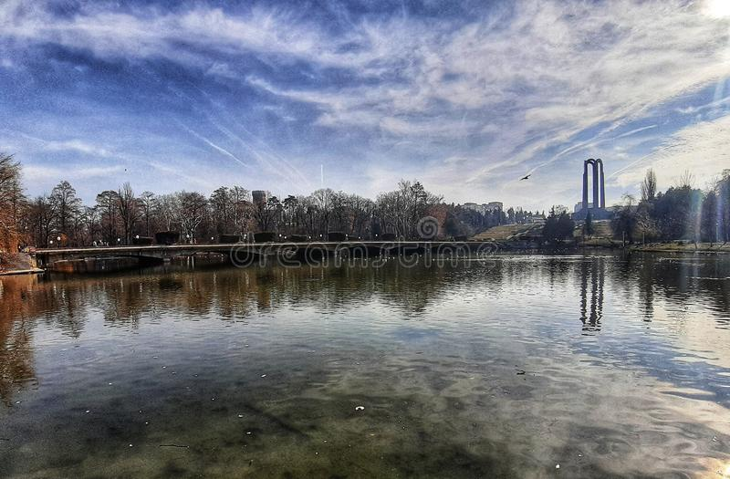 Άποψη από το πάρκο Βουκουρέστι της Carol στοκ εικόνα