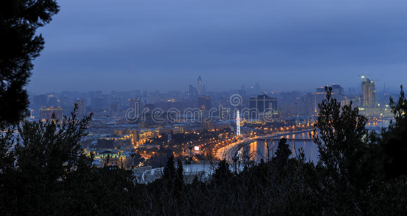 Άποψη από το πάρκο υψίπεδων στο Μπακού στοκ φωτογραφίες