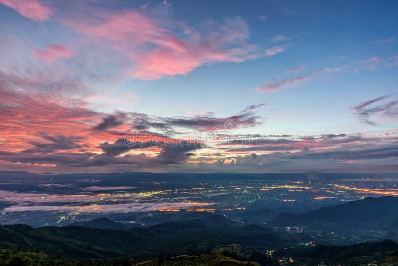 Άποψη βερκέλιων Thap Phu στην ανατολή στοκ φωτογραφίες