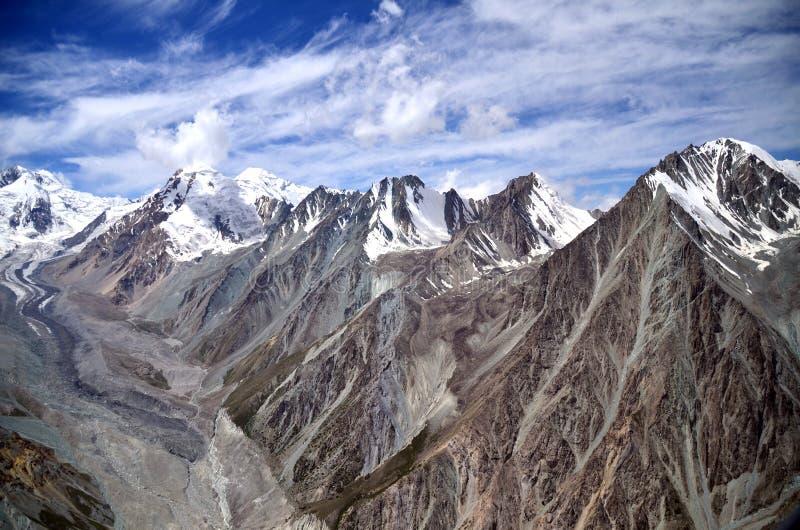 Άποψη 4 βουνών του Τατζικιστάν στοκ φωτογραφίες