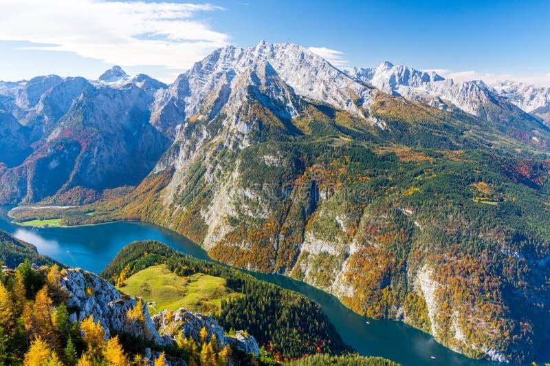 Άποψη για τη λίμνη Konigssee από το όρος Jenner, στο Εθνικό Πάρκο Berchtesgaden, Βαυαρικές Άλπεις, Γερμανία, Ευρώπη στοκ εικόνα