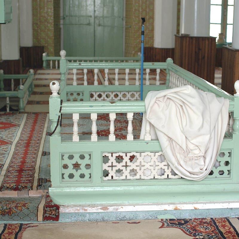 Άποψη ενός εσωτερικού μουσουλμανικών τεμενών στοκ εικόνες