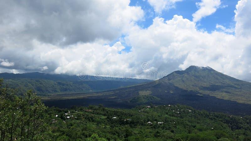 Άποψη ηφαιστειακό caldera Batur, στην περιοχή βουνών Kintamani στοκ εικόνες με δικαίωμα ελεύθερης χρήσης