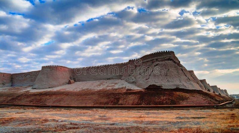 Άποψη ηλιοβασιλέματος στο φρούριο Itchan Kala σε Khiva, Ουζμπεκιστάν στοκ φωτογραφία με δικαίωμα ελεύθερης χρήσης