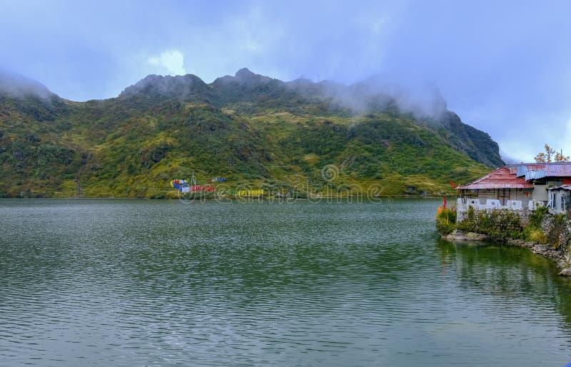 Άποψη λιμνών Tsongmo στοκ εικόνα