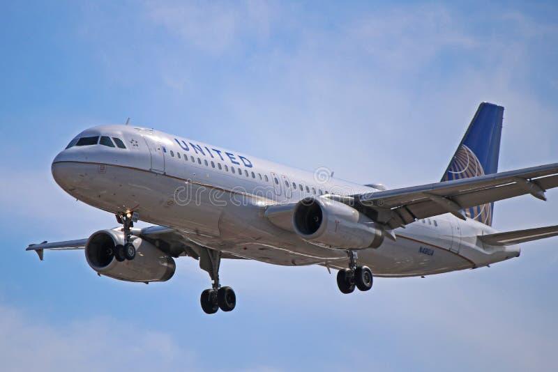 Άποψη κινηματογραφήσεων σε πρώτο πλάνο airbus A320-200 των United Airlines στοκ εικόνες με δικαίωμα ελεύθερης χρήσης