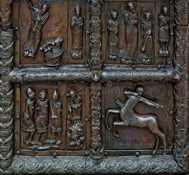 Άποψη κινηματογραφήσεων σε πρώτο πλάνο Magdeburg Γκέιτς του καθεδρικού ναού της Sophia, Veliky Novgorod, Ρωσία στοκ εικόνες