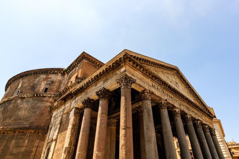 Άποψη λεπτομέρειας του Pantheon το πρωί Ρώμη Ιταλία στοκ εικόνα
