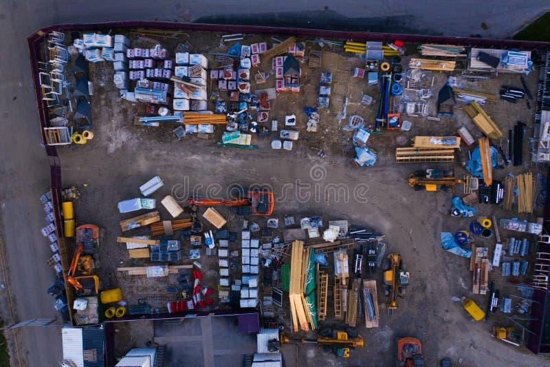 """Άποψη ματιών πουλιών του εργοτάξιου """"χωριό Avant Sorby """"σε Waverley στοκ εικόνες"""