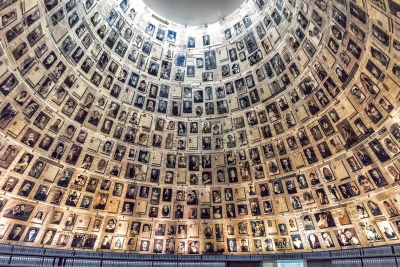 Άποψη μουσείων 14-09-2017 της Ιερουσαλήμ yad-Vassim της φωτογραφίας των αποθανούντων εβραϊκών ανθρώπων, όπως βλέπει στο μουσείο στοκ εικόνες