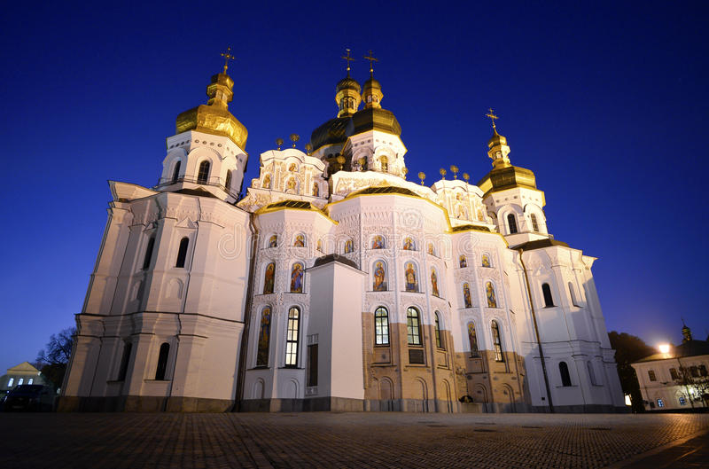 Άποψη νύχτας της εκκλησίας υπόθεσης στοκ φωτογραφία με δικαίωμα ελεύθερης χρήσης