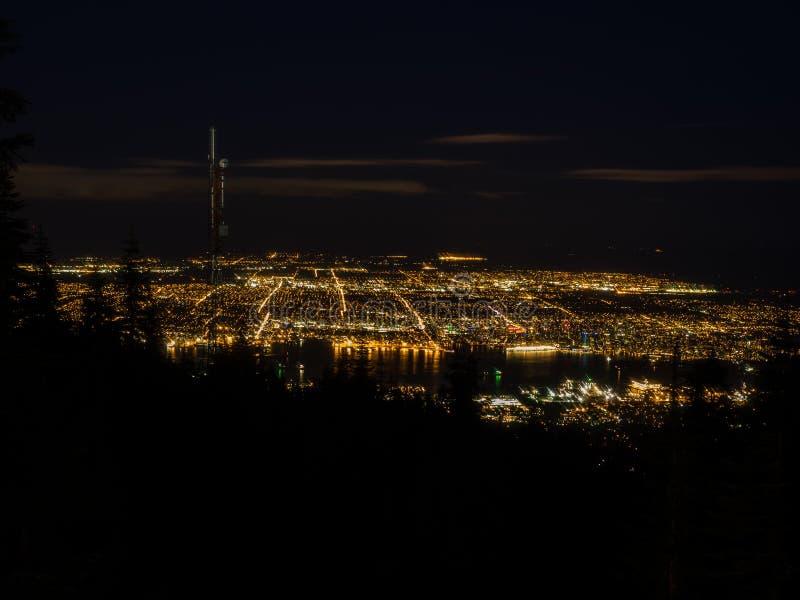 Άποψη νύχτας του Βανκούβερ στοκ εικόνες