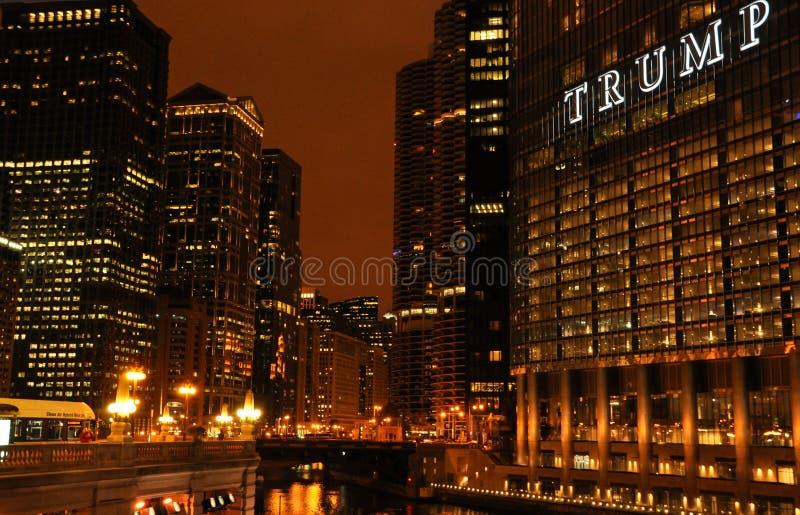 Άποψη νύχτας του Σικάγου στοκ φωτογραφία με δικαίωμα ελεύθερης χρήσης