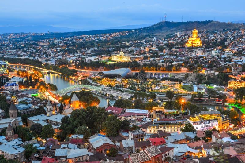 Άποψη νύχτας του Tbilisi, Γεωργία στοκ εικόνες