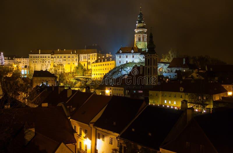 Άποψη νύχτας Krumlov Castle Cesky στοκ φωτογραφία με δικαίωμα ελεύθερης χρήσης