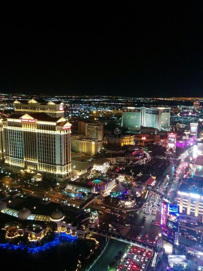 Άποψη νύχτας Las Vegas Strip, βόρεια φω'τα στοκ εικόνα