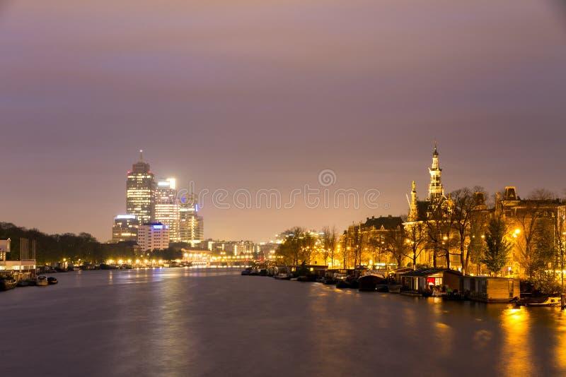 Εικονική παράσταση πόλης πρωινού Amstel στοκ εικόνες