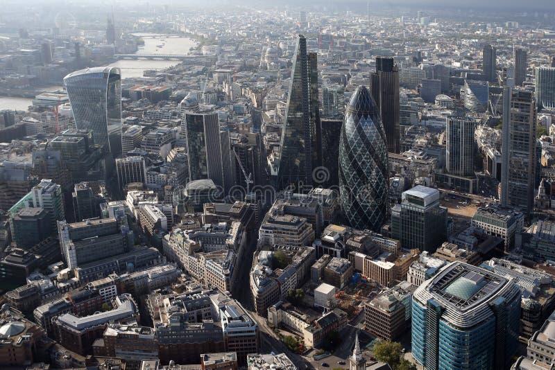 Άποψη οριζόντων πόλεων του Λονδίνου άνωθεν