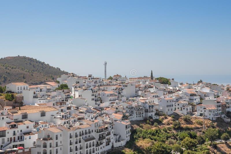 Άποψη πέρα από την πόλη Frigiliana, Ισπανία στοκ φωτογραφία