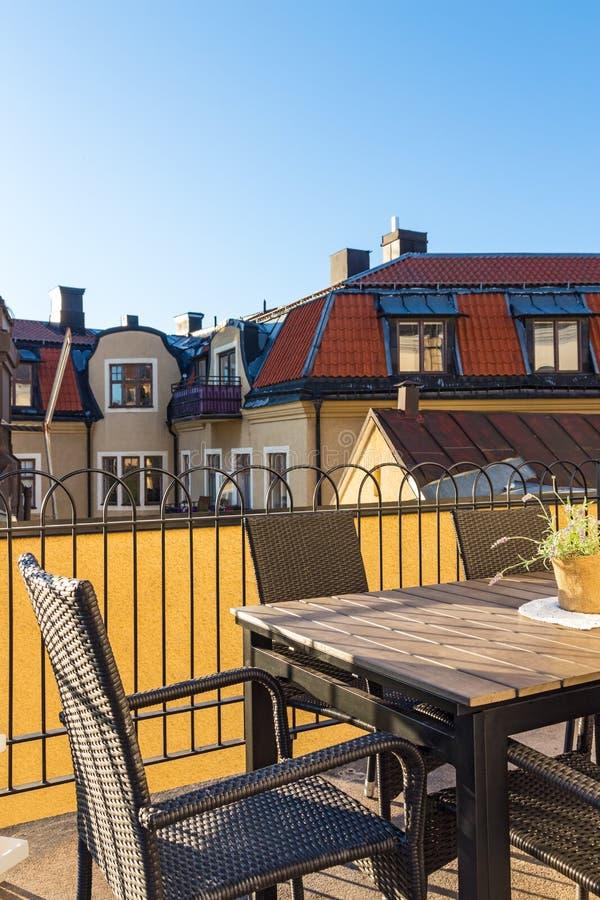 Άποψη πέρα από τις στέγες της σουηδικής πόλης Visby στοκ εικόνες με δικαίωμα ελεύθερης χρήσης