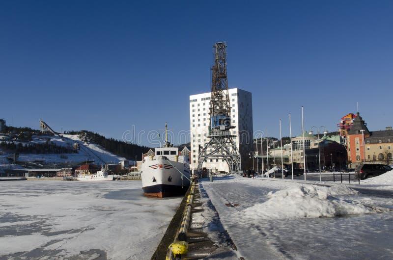 Άποψη πέρα από το λιμάνι ornskoldsvik στοκ φωτογραφίες