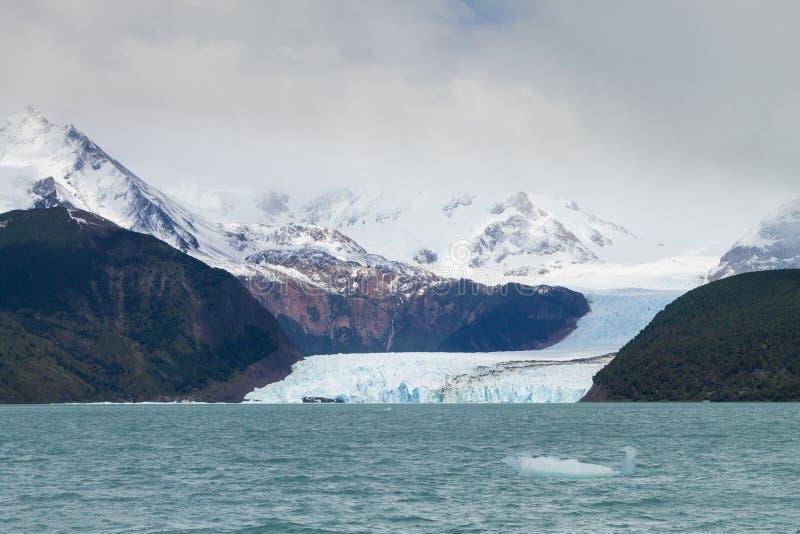 Άποψη παγετώνων Spegazzini από τη λίμνη Argentino, τοπίο της Παταγωνίας, Αργεντινή στοκ εικόνα με δικαίωμα ελεύθερης χρήσης
