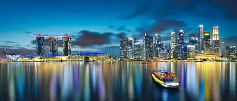 Άποψη πανοράματος του ορίζοντα εικονικής παράστασης πόλης της Σιγκαπούρης στοκ φωτογραφίες