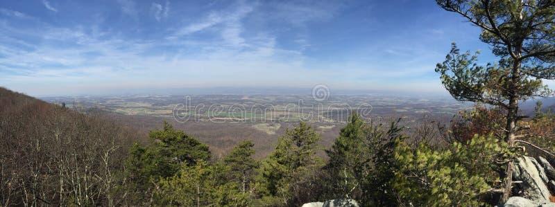 Άποψη πανοράματος Mountaintop στοκ φωτογραφίες