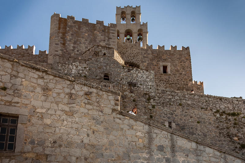Άποψη προοπτικής των τοίχων οχυρώσεων του μοναστηριού ST Joh στοκ εικόνες