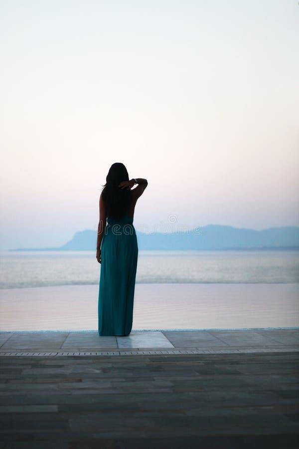 Άποψη πρωινού στη λίμνη απείρου στοκ εικόνα
