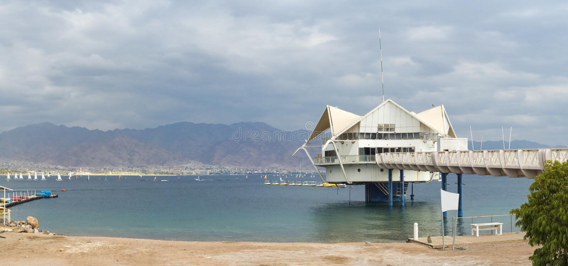 Άποψη πρωινού σχετικά με τον κόλπο του Άκαμπα κοντά σε Eilat στοκ φωτογραφία με δικαίωμα ελεύθερης χρήσης
