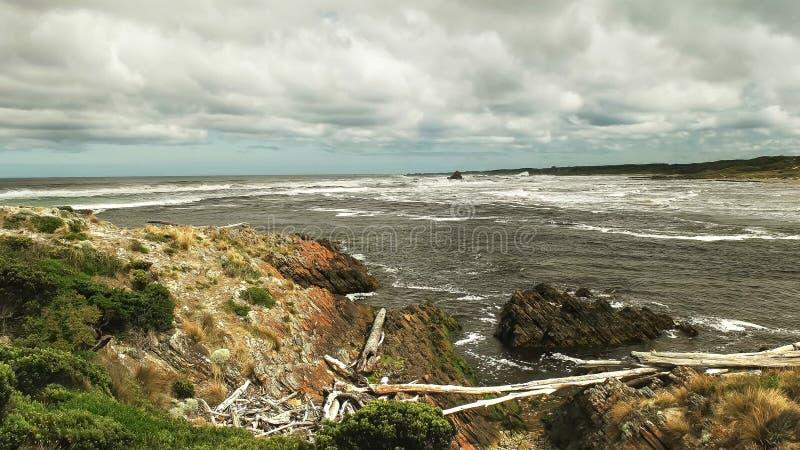 Άποψη πρωινού των εκβολών ποταμού αρθούρου στη δυτική ακτή της Τασμανίας στοκ φωτογραφία με δικαίωμα ελεύθερης χρήσης